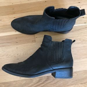 Dolce vita black Chelsea boots